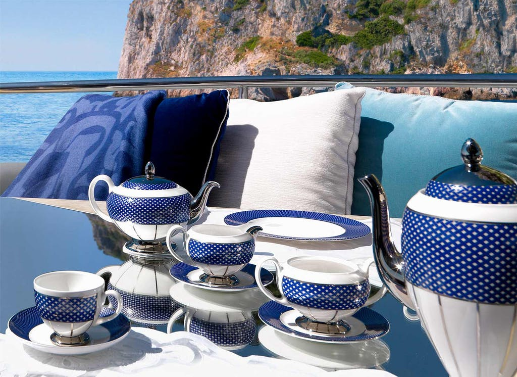 Table set from the Royal Suite Collection