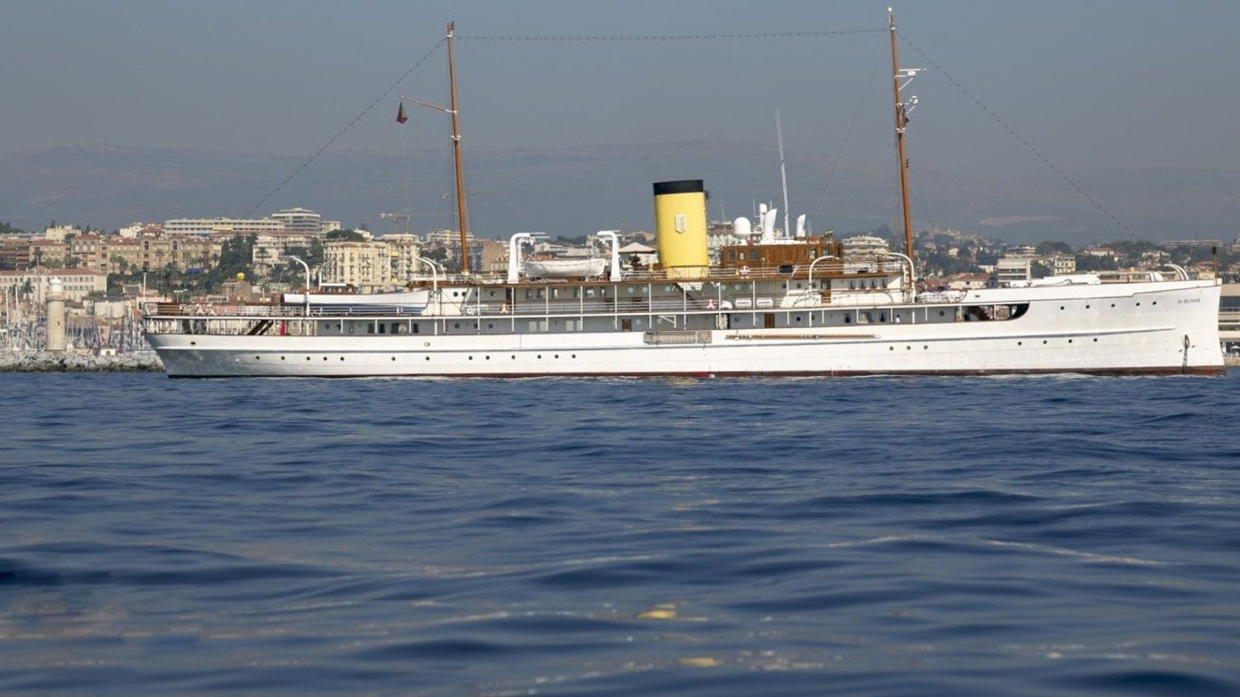 €16 MILLION PRICE REDUCTION OF SS DELPHINE