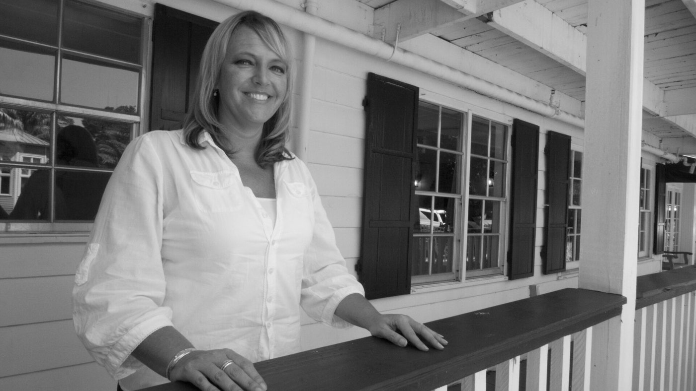CHARTER MANAGER AMY WACHMANN PROMOTED TO RETAIL CHARTER BROKER