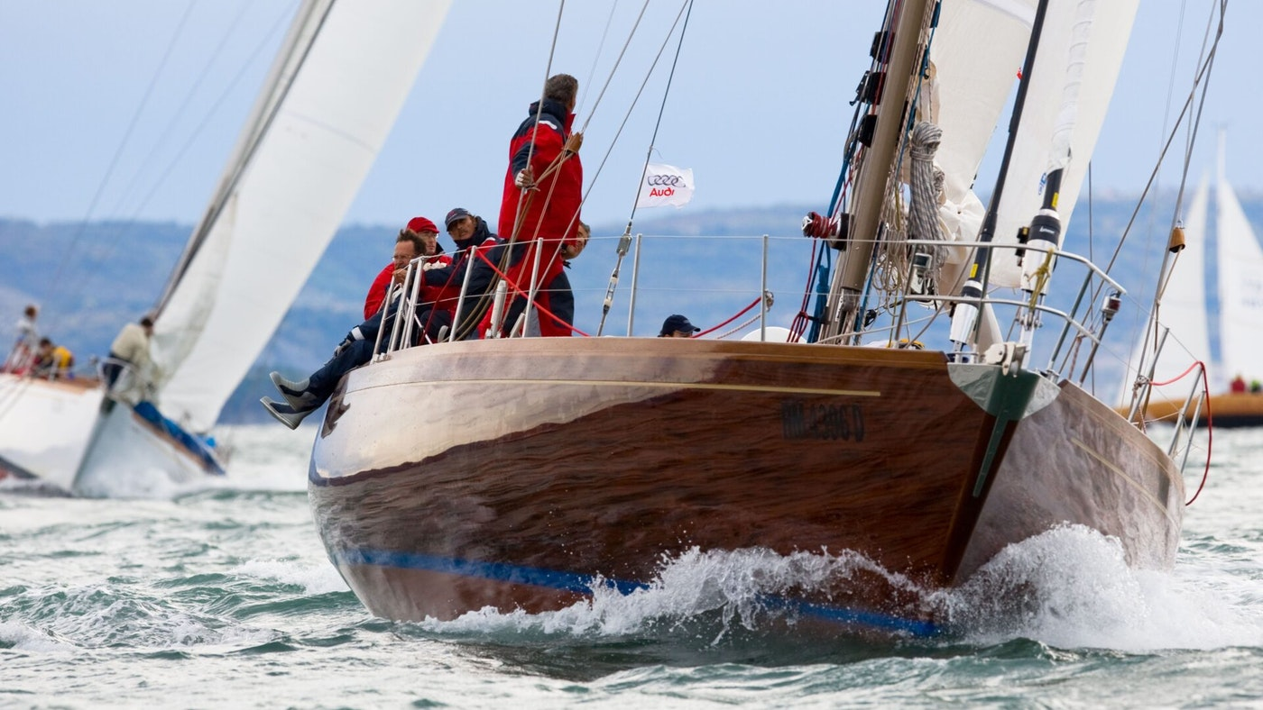SAILING YACHT CLAN II FOR SALE WITH NORTHROP & JOHNSON