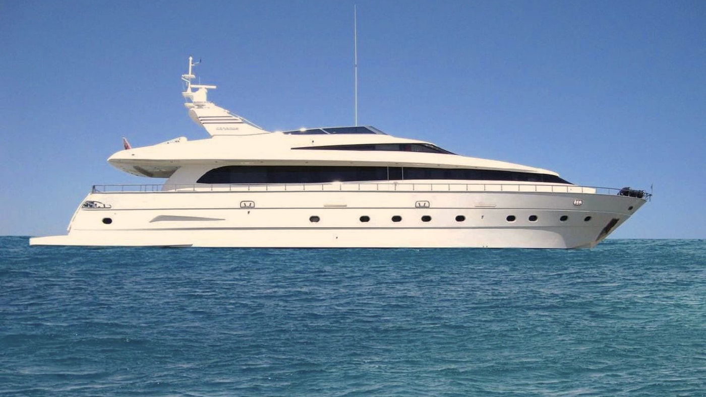 MOTOR YACHT YASSON FOR SALE WITH NORTHROP AND JOHNSON