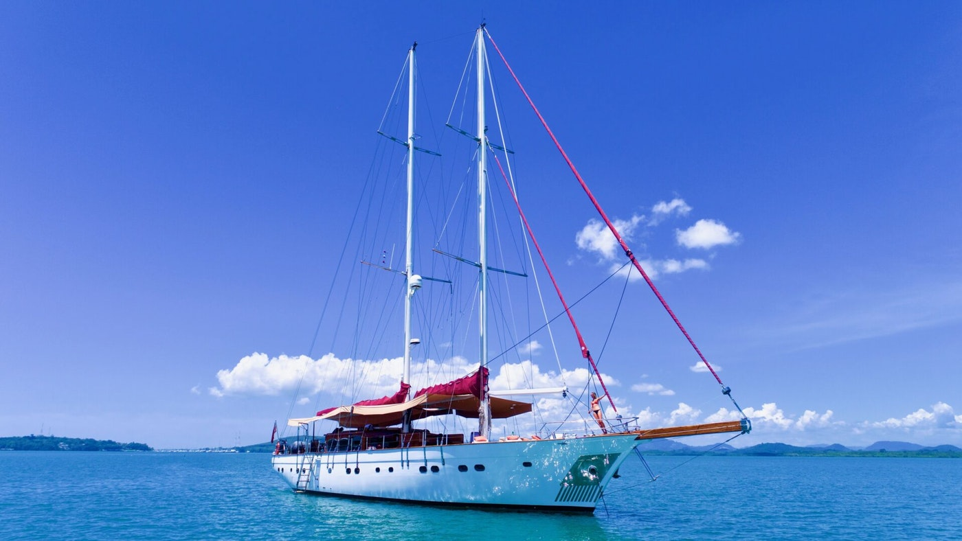 ORIENT PEARL NOW FOR SALE WITH NORTHROP & JOHHSON