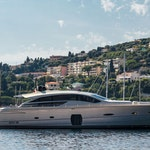 Pershing Motor Yacht LOUNOR Sold by Northrop & Johnson