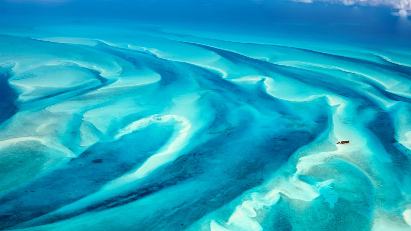 What Islands to Include in Your Bahamas Luxury Charter Itinerary