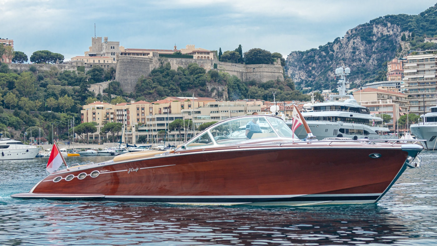 VISIONNAIRE NOW FOR SALE