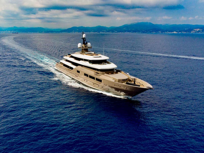 Tankoa Superyacht SOLO Sold
