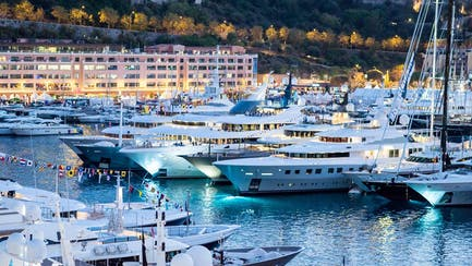 buying and selling yachts