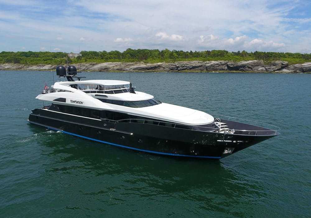 Charter Yacht Temptation in New England