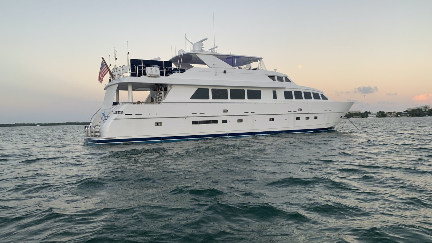 Hargrave motor yacht FLY BOYS for sale with Northrop & Johnson