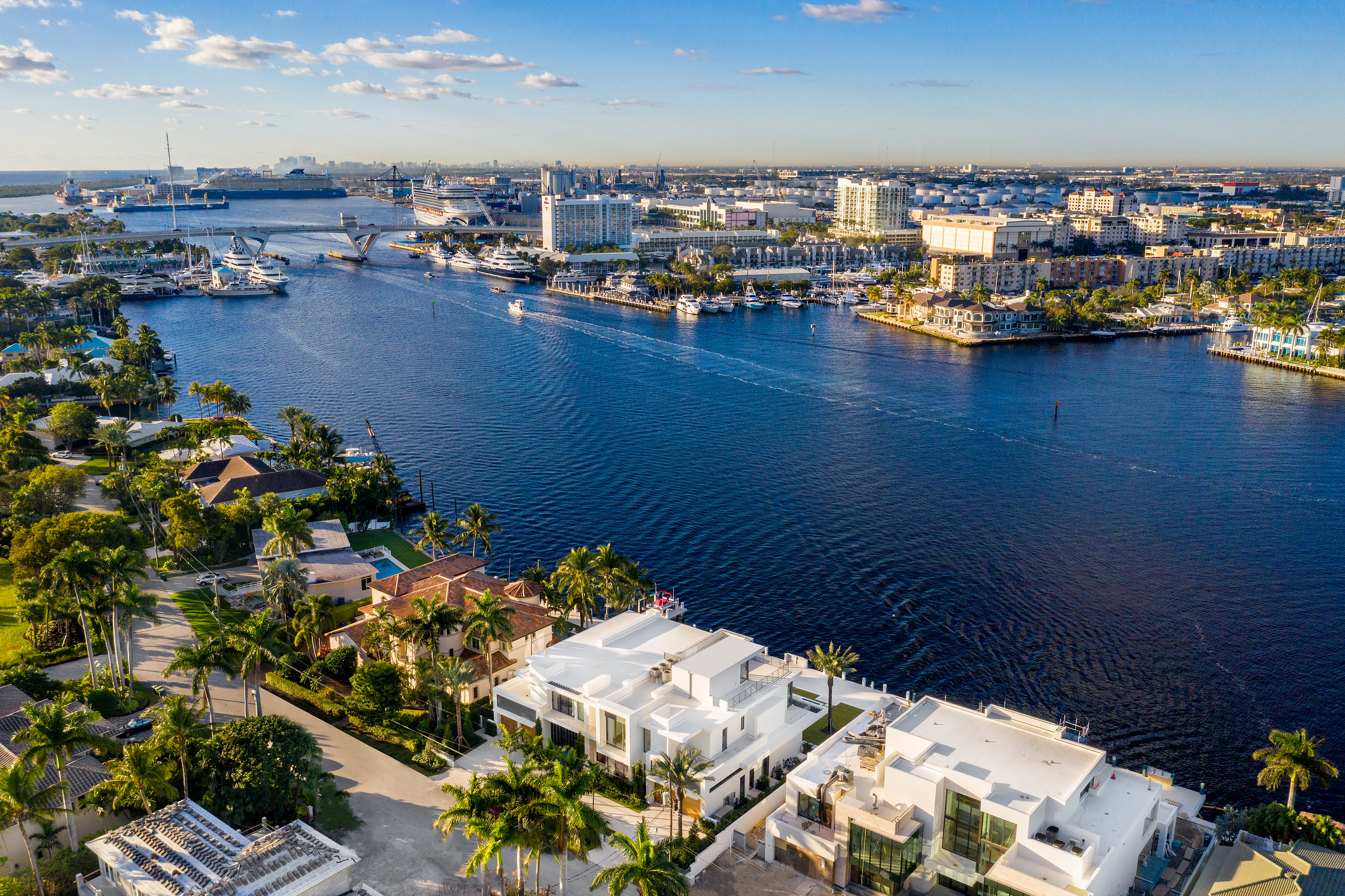 Aerial view of Compass listing 2412 Laguna Drive in Fort Lauderdale