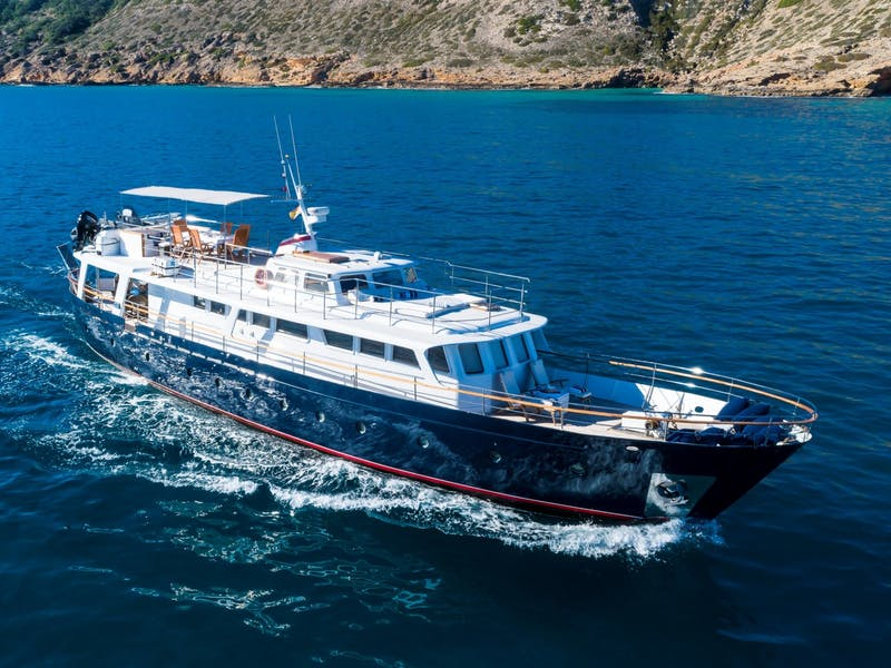 Motor Yacht BLACK PEPPER Now for Sale with Northrop & Johnson