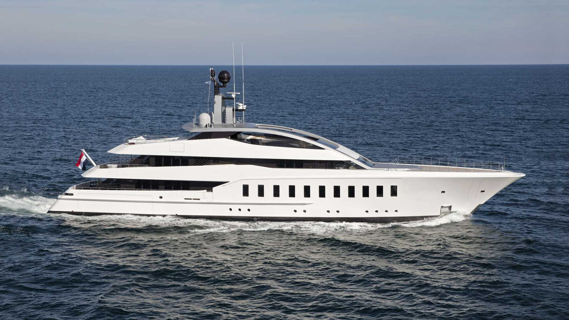190-foot (58m) Feadship HALO yacht for sale profile