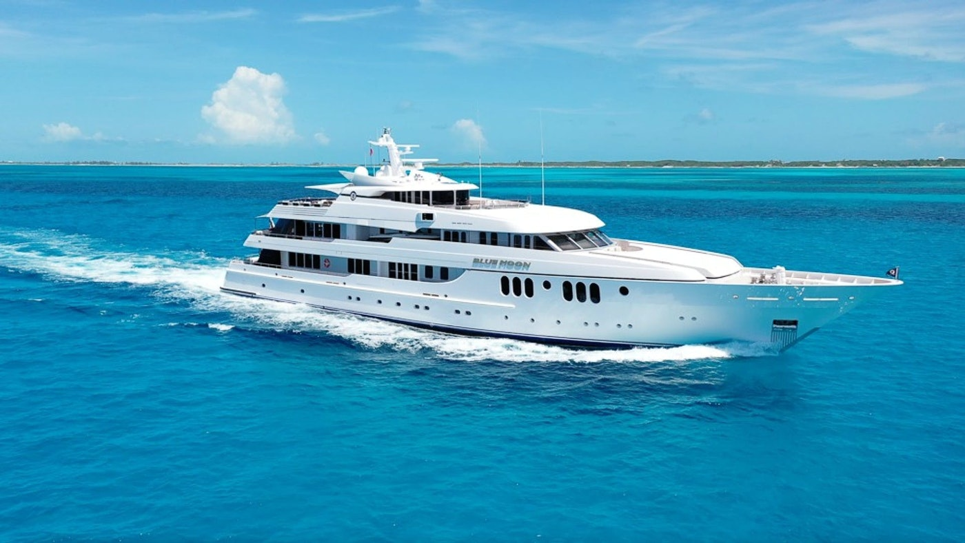 Blue Moon 198′(60.35m) Feadship For Sale
