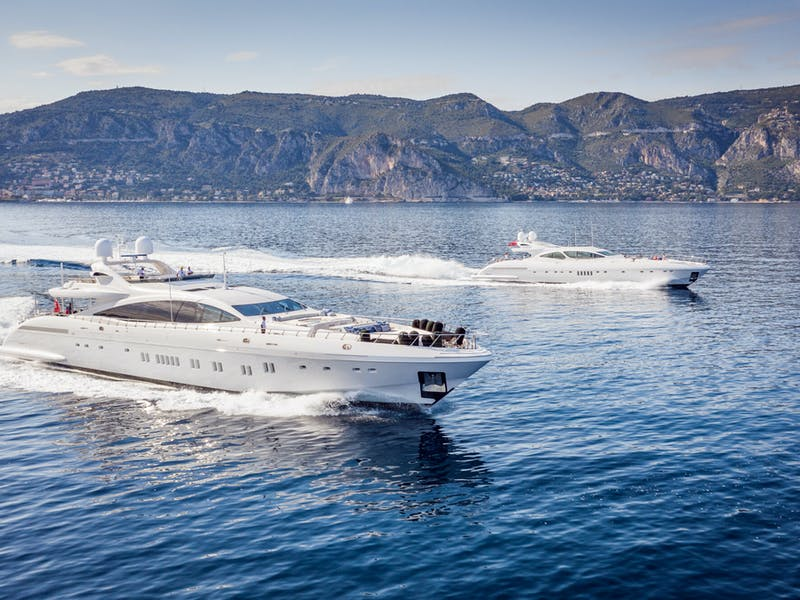 Tandem Yacht Charters : Double the Yacht, Double the Fun