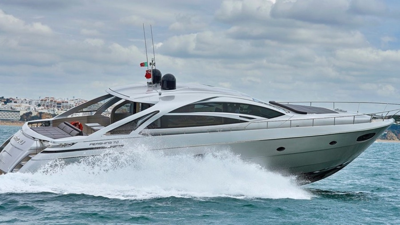 Q80 Pershing 70′ Motor Yacht for Sale