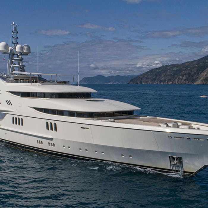 September 2021 Yacht Sales Round Up