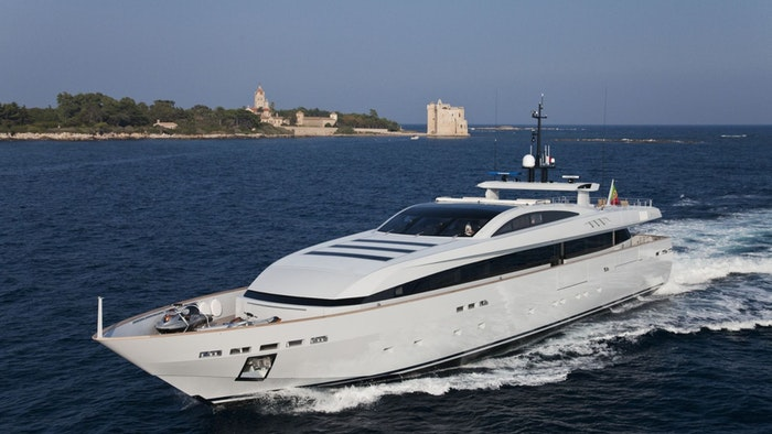 M/Y APACHE II for sale with Northrop & Johnson