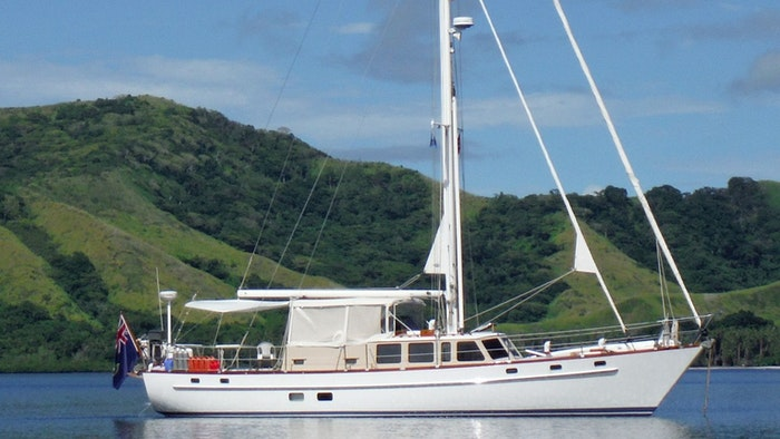 SAILING YACHT COMPADRE NOW FOR SALE