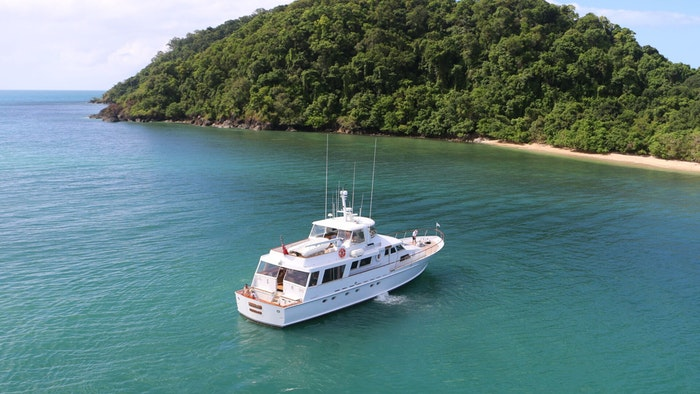 MOTOR YACHT BAHAMA NOW FOR CHARTER WITH NORTHROP & JOHNSON