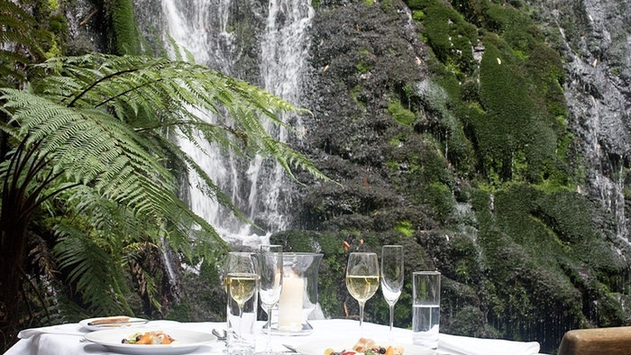WATERFALL WILDERNESS DINING