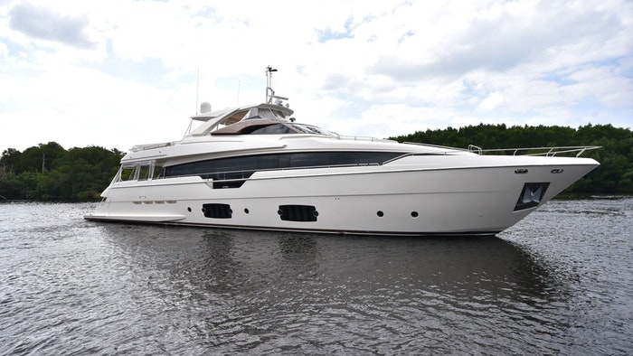SUPERYACHT PURA VIDA SOLD BY NORTHROP & JOHNSON