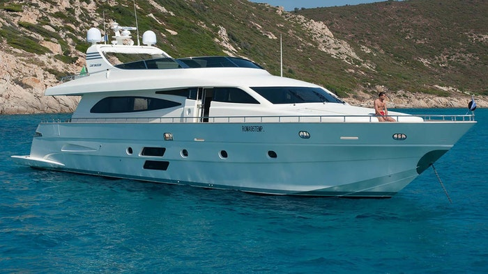 MOTOR YACHT ELLISIUM NOW FOR SALE WITH NORTHROP & JOHNSON