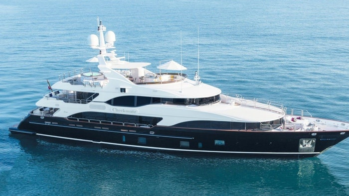 MOTOR YACHT CHECKMATE FOR SALE WITH NORTHROP & JOHNSON