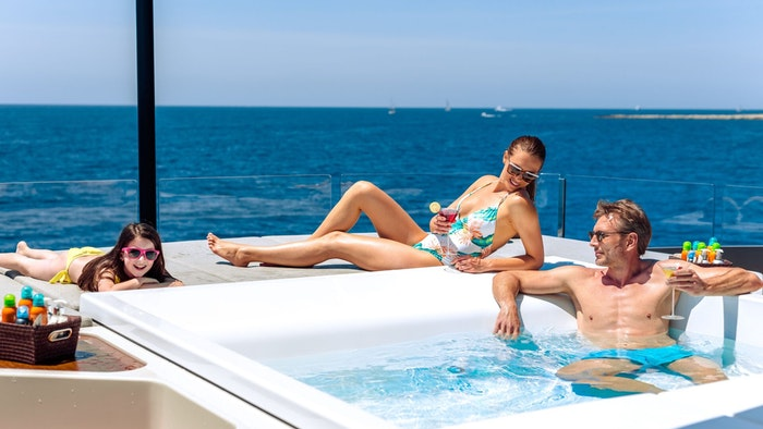 SEVEN CHARTER YACHTS PERFECT FOR YOUR CHRISTMAS & NEW YEAR'S HOLIDAY