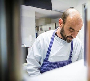 IN THE GALLEY WITH THE CHEF OF SOLO