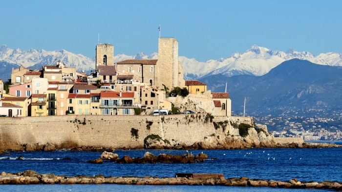 LES VOILES D'ANTIBES