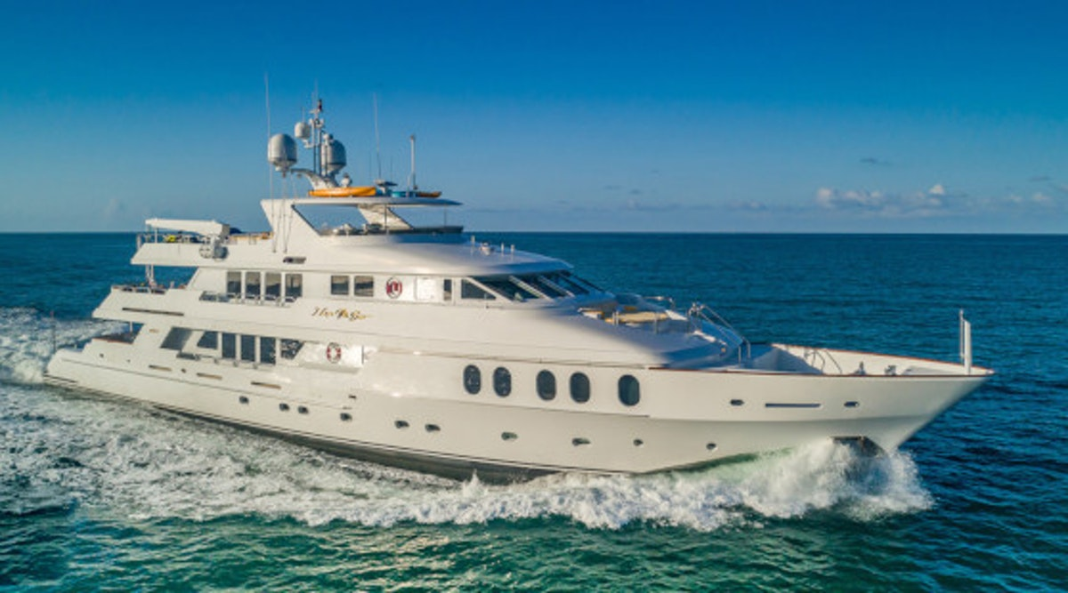 I LOVE THIS BOAT motor yacht profile