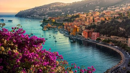 coast of Villefranche sur Mer villas with France yacht charters