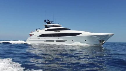 Westport 125 yacht for sale with raised pilot house