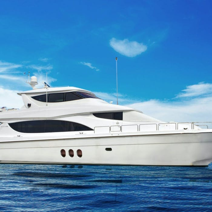 80' (24.38m) Hatteras LA MER Now for Sale
