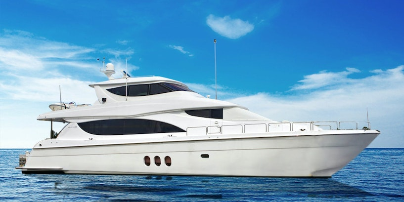 80′ (24.38m) Hatteras LA MER Now for Sale