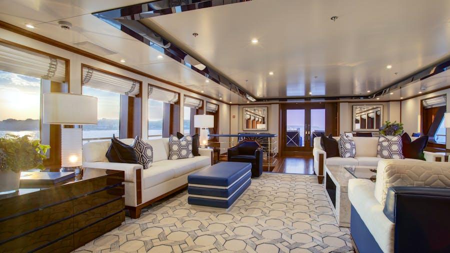 CYNTHIA Yacht