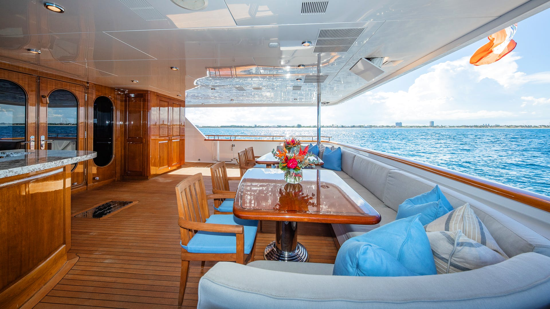 Seasonal Rates for TOP FIVE Private Luxury Yacht For Charter
