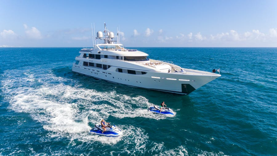 Tendar & Toys for CHASING DAYLIGHT Private Luxury Yacht For charter