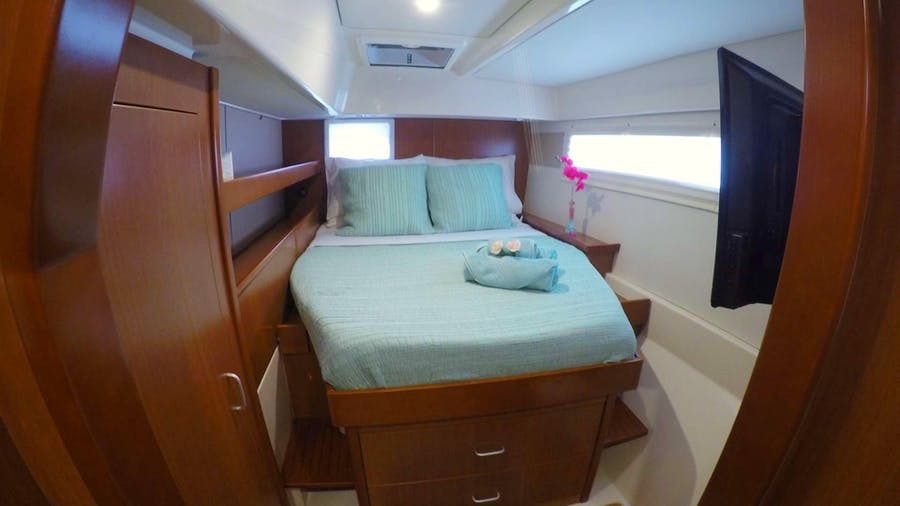 BLOSSOM Yacht