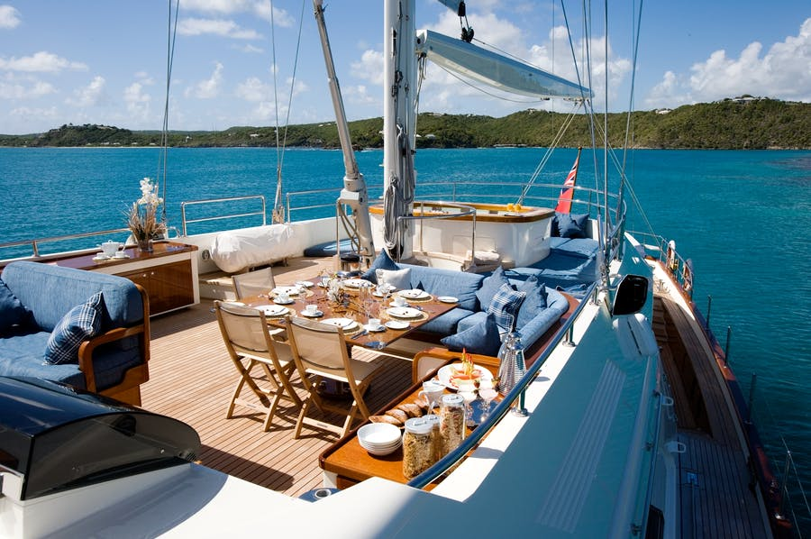 Features for ANTARA Private Luxury Yacht For charter