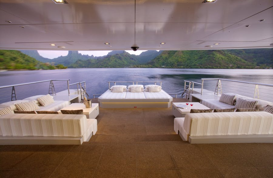 Features for BIG FISH Private Luxury Yacht For charter