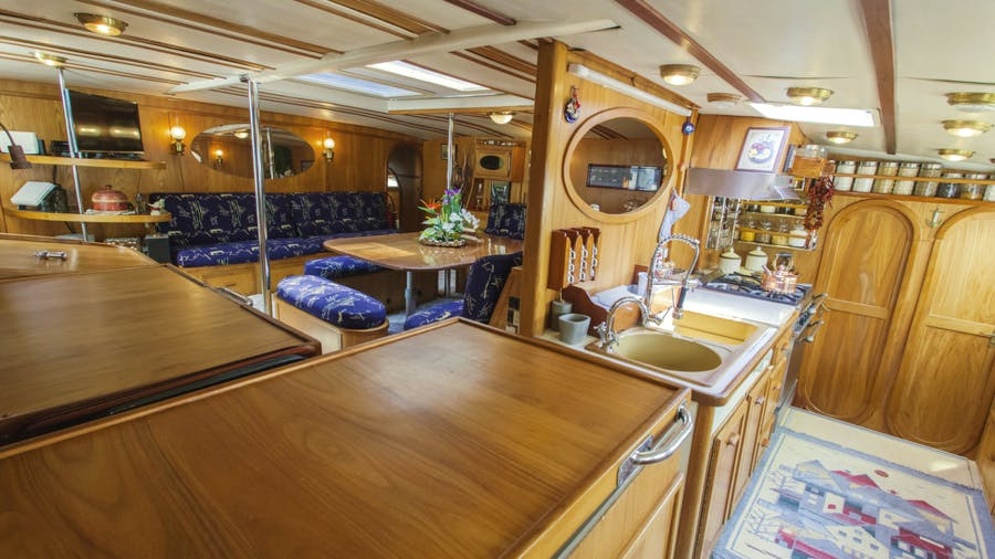 Conan Yacht