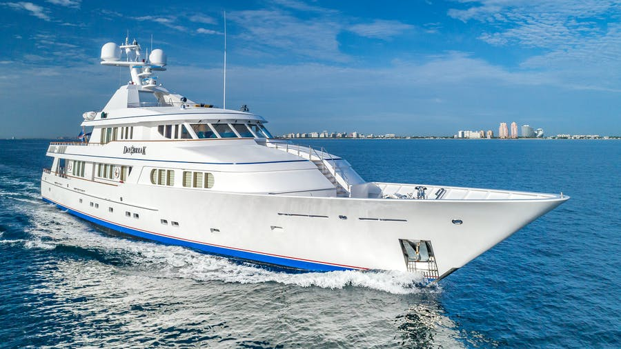 Seasonal Rates for DAYBREAK Private Luxury Yacht For Charter