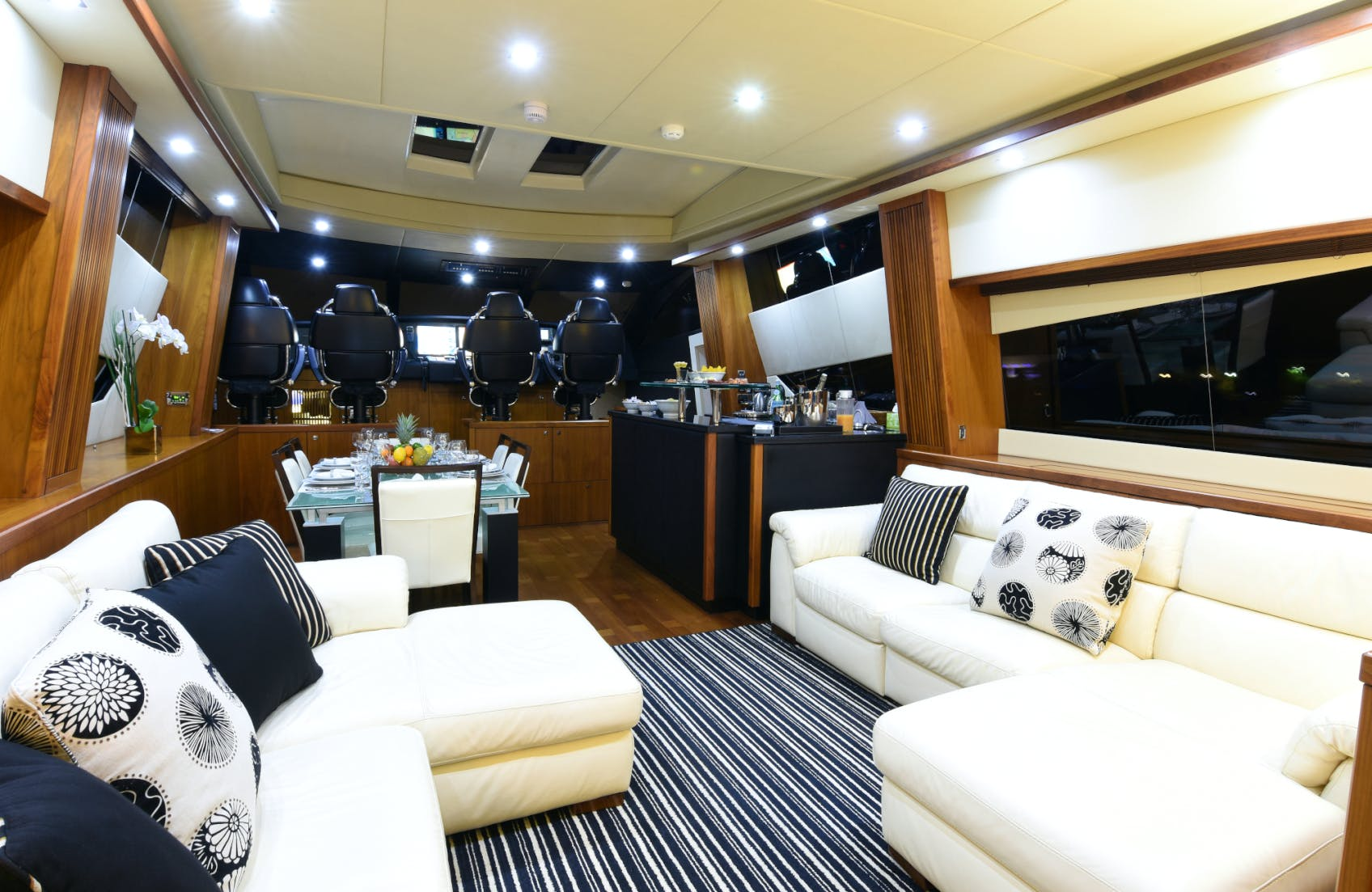 Seasonal Rates for DOUBLE D Private Luxury Yacht For Charter
