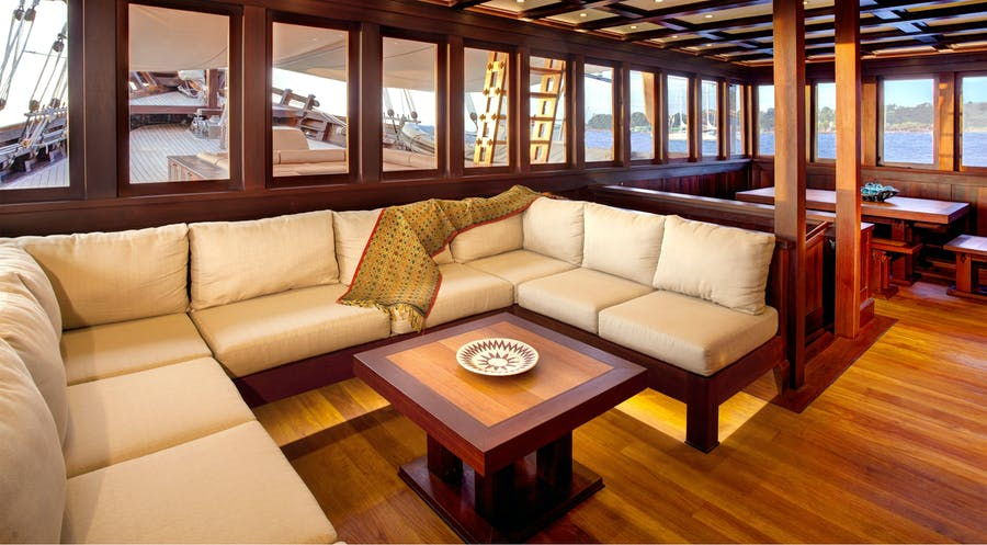 Tendar & Toys for Dunia Baru Private Luxury Yacht For charter
