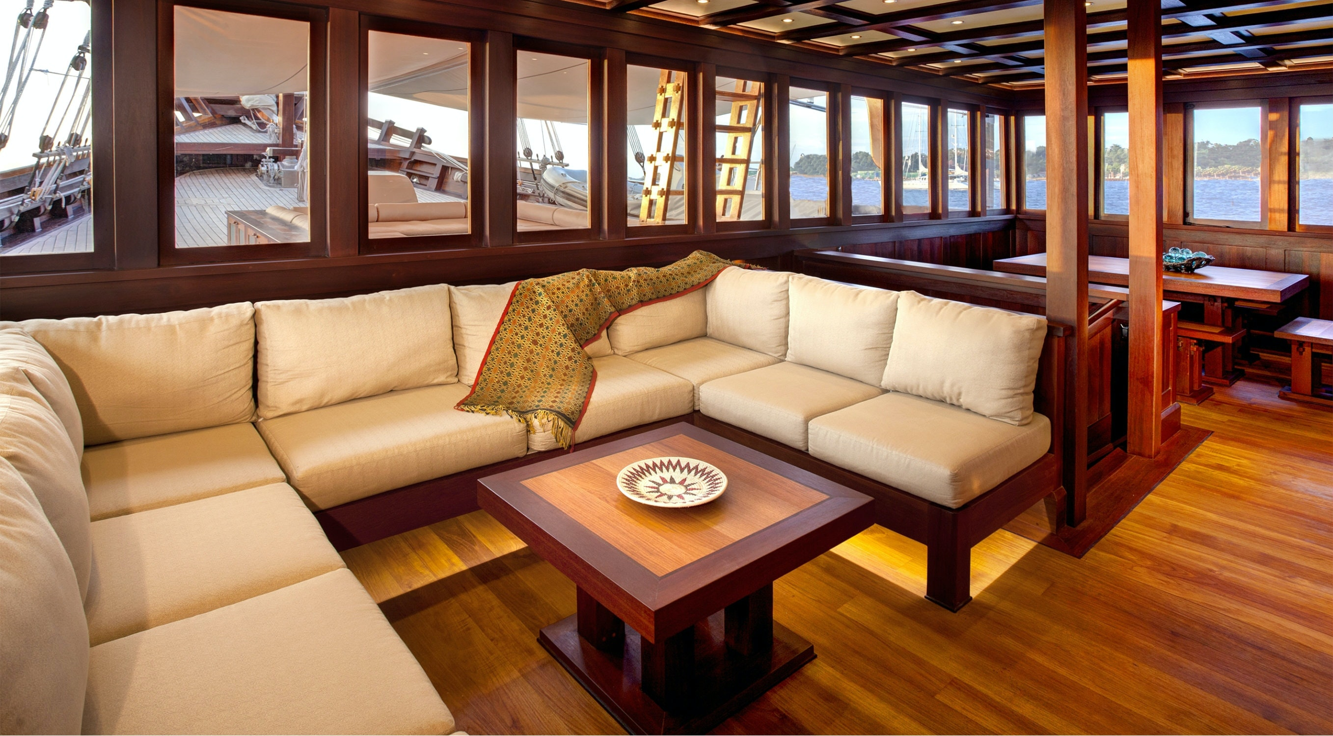 Seasonal Rates for DUNIA BARU Private Luxury Yacht For Charter