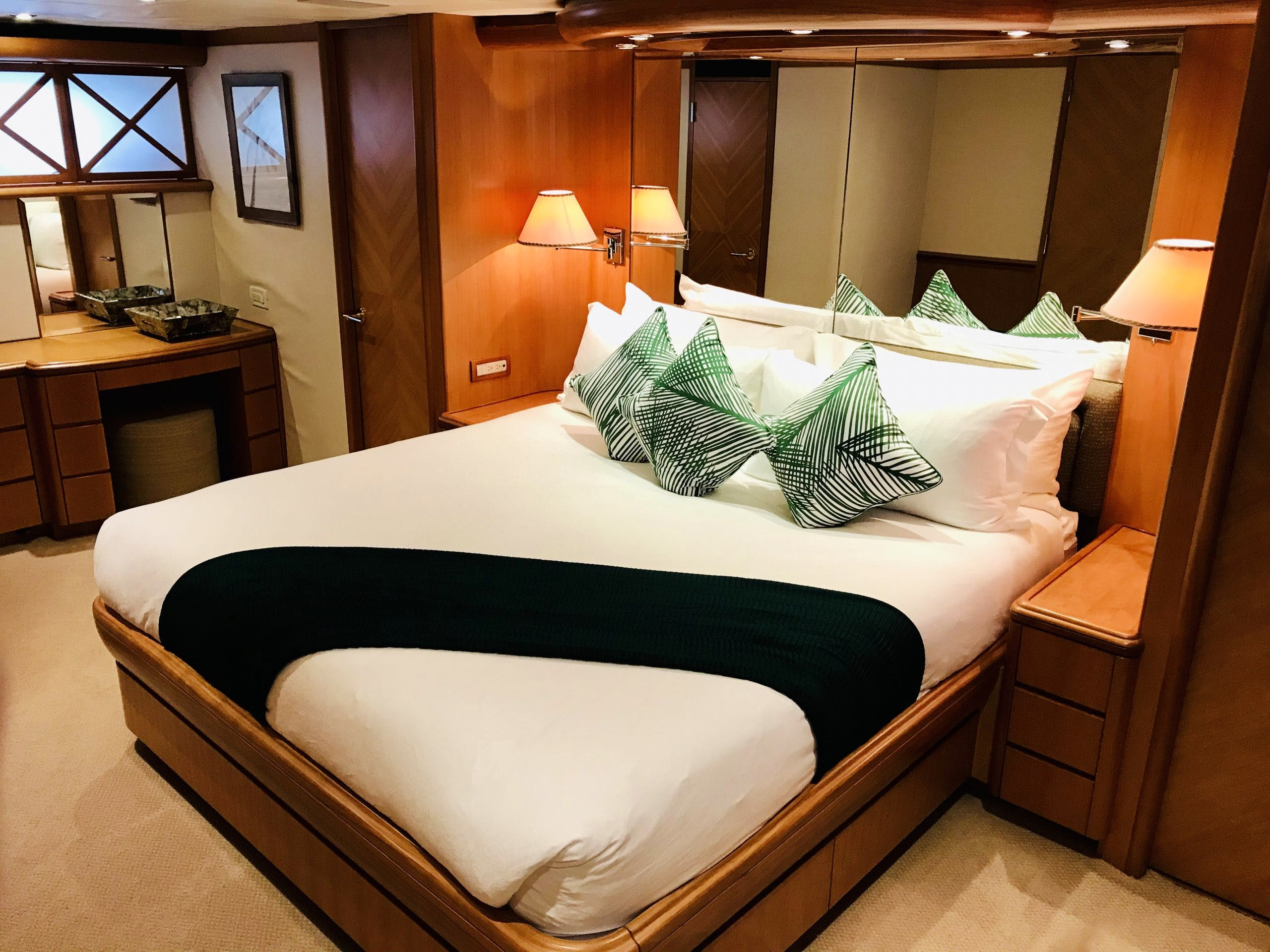 Seasonal Rates for EQUINOX Private Luxury Yacht For Charter