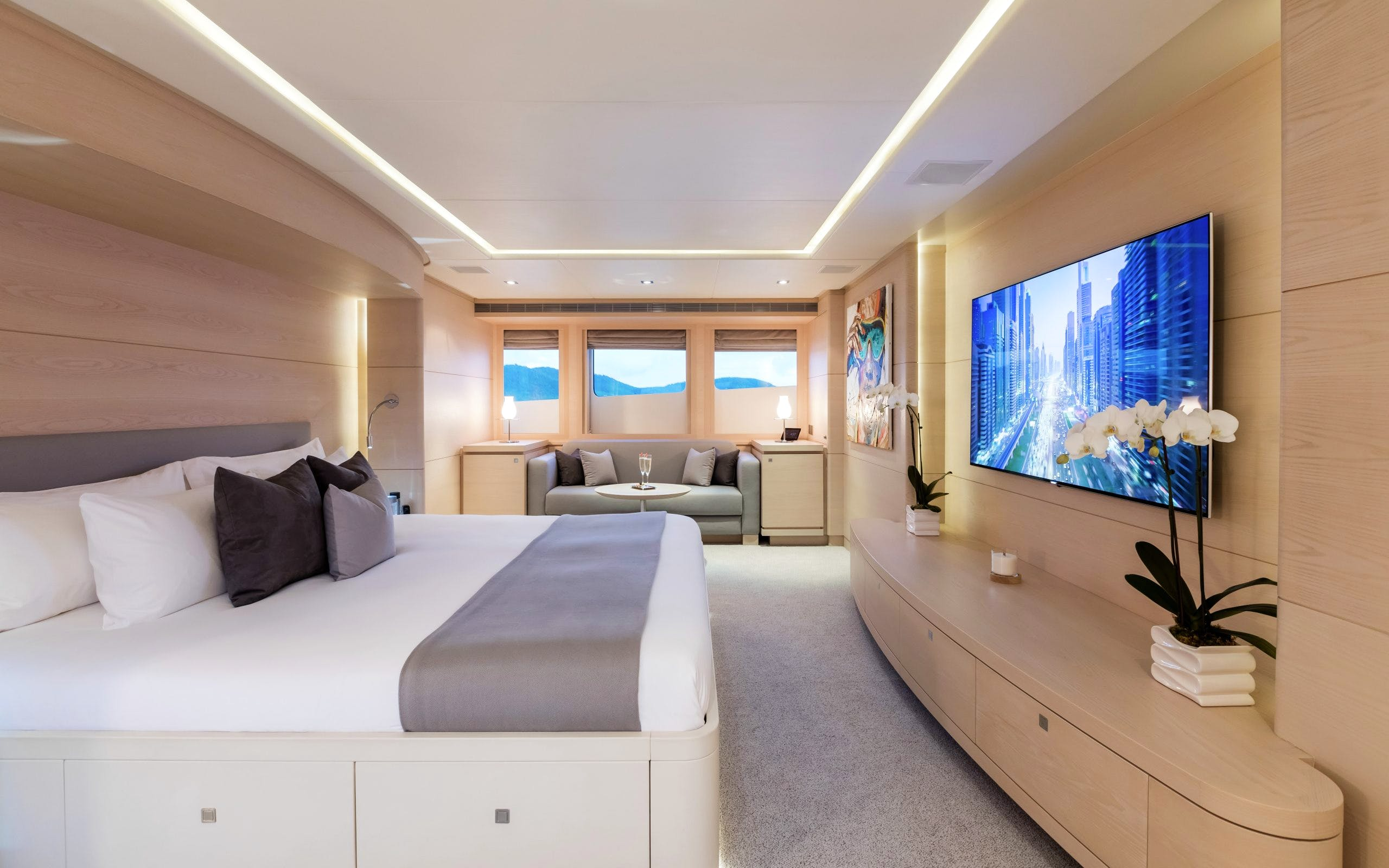 Seasonal Rates for G3 Private Luxury Yacht For Charter