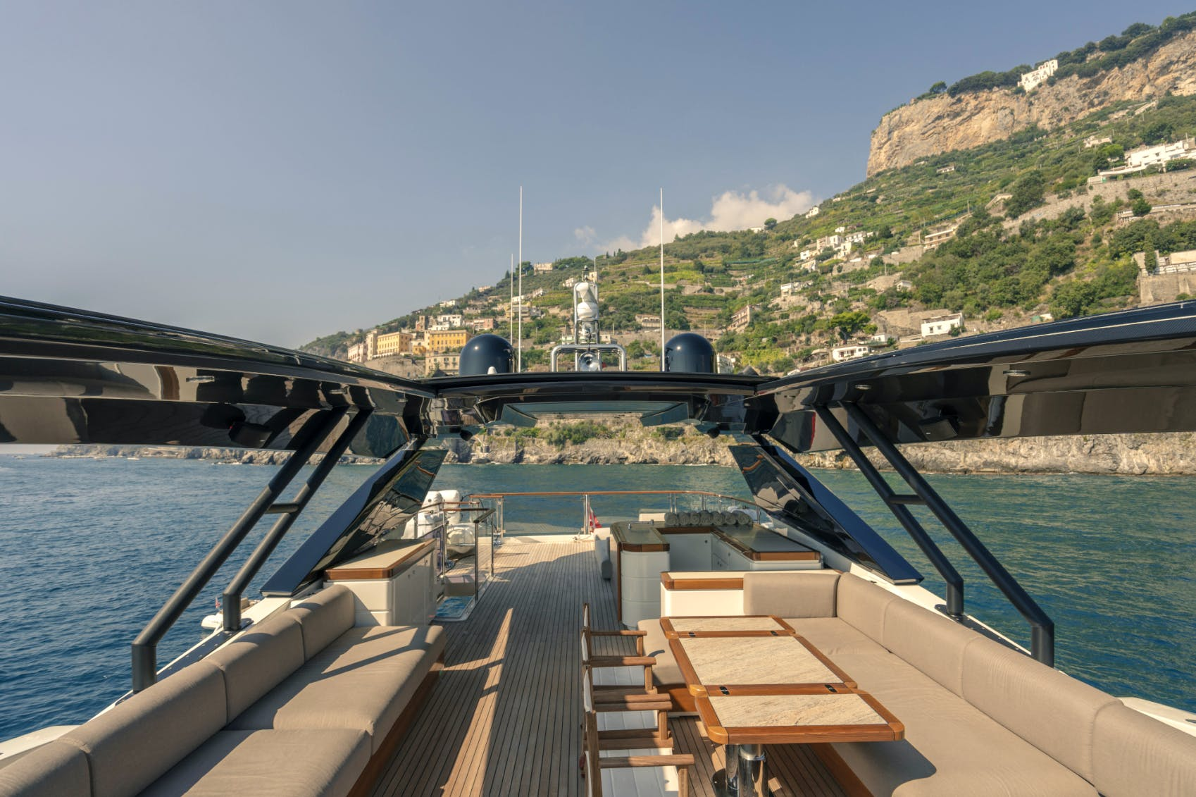 Seasonal Rates for VIVALDI Private Luxury Yacht For Charter