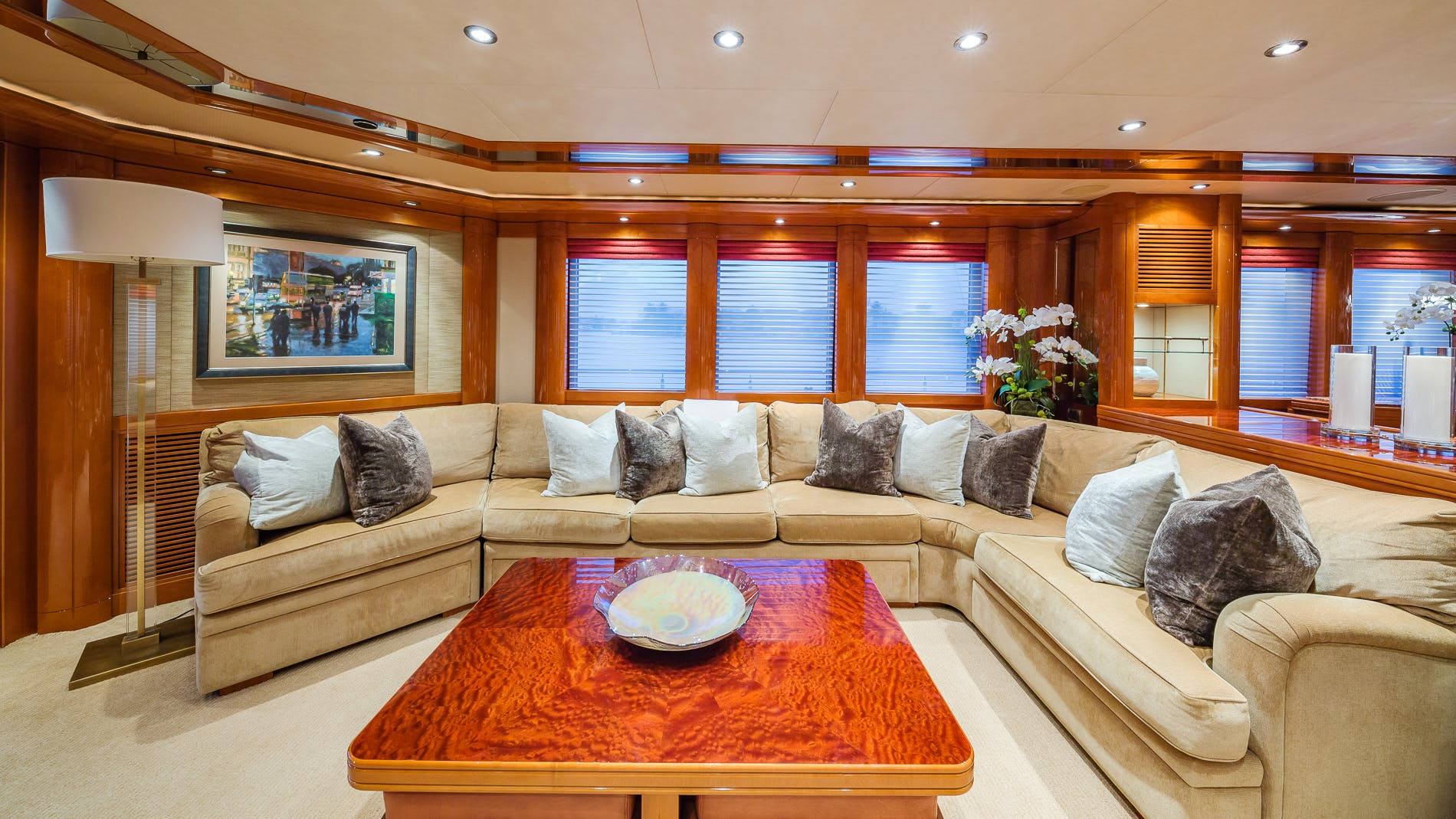 Seasonal Rates for HOSPITALITY Private Luxury Yacht For Charter